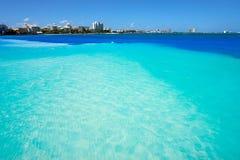 Praia de Cancun Playa Langostas em México imagem de stock