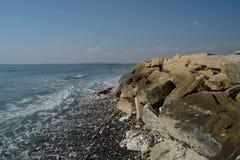 Praia de Chipre no inverno Fotos de Stock