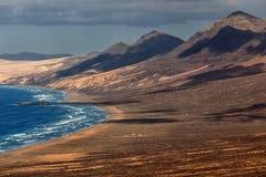 Praia de Cofete da vista panorâmica, Fuerteventura, Ilhas Canárias, Espanha Foto de Stock Royalty Free