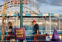 Praia de Coney Island em NYC Fotos de Stock Royalty Free
