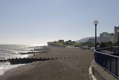 Praia de Eastbourne. Sussex do leste. Inglaterra Fotografia de Stock Royalty Free