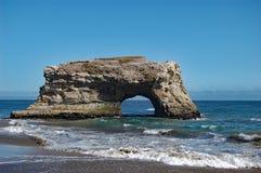 Praia de estado natural das pontes, Santa Cruz, Califórnia foto de stock royalty free