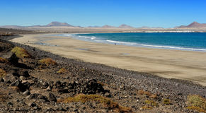 Praia de Famara, Lanzarote, Ilhas Canárias, Spain fotografia de stock royalty free