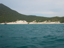 A praia de Farol em Arraial faz Cabo, Brasil Fotografia de Stock Royalty Free