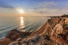 Praia de Ierissos-Kakoudia, Grécia Fotografia de Stock Royalty Free