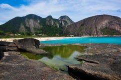 Praia de Itacoatiara, Rio de janeiro fotos de stock
