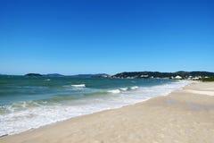 Praia de Jurerê - polis de ³ de FlorianÃ, Santa Catarina - Brésil photo stock