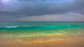 Praia de Karon completamente das cores Fotografia de Stock Royalty Free