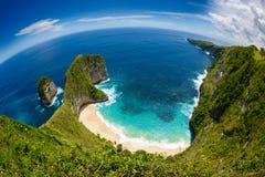 Praia de Kelingking na ilha de Nusa Penida em Bali 3 imagens de stock