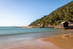 Praia de Laranjeiras Beach - Balneario Camboriu,圣卡塔琳娜州,巴西 免版税图库摄影