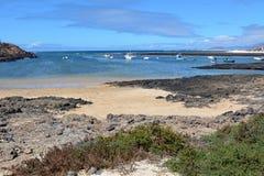 Praia de Majanicho da paisagem na Espanha das Ilhas Canárias de Fuerteventura Imagem de Stock Royalty Free