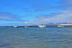 Praia de Majanicho da paisagem na Espanha das Ilhas Canárias de Fuerteventura Imagens de Stock