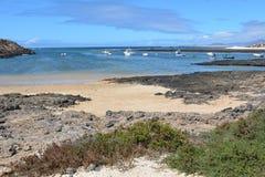 Praia de Majanicho na Espanha do canário de Northem Fuerteventura Fotografia de Stock