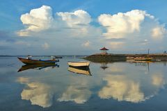 Praia de Mertasari, Sanur, Bali Fotos de Stock