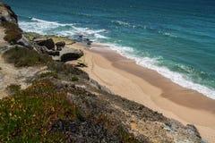 Praia de Mexilhoeira em Santa Cruz, Portugal Imagens de Stock Royalty Free