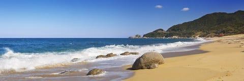 Praia de Nagata, uma praia subtropical na ilha de Yakushima, Japão fotos de stock