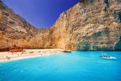 Praia de Navagio no console de Zakynthos Fotografia de Stock Royalty Free