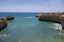 Praia de Ninho a Dinamarca Andorinha no Algarve, Portugal Imagem de Stock