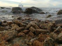 Praia de pedra fotografia de stock royalty free