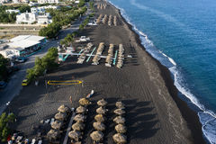 Praia de Perissa em Santorini Imagens de Stock
