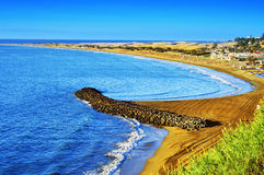 Praia de Playa del Ingles e dunas de Maspalomas, Gran Canaria, Espanha Fotografia de Stock Royalty Free