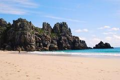 Praia de Porthcurno, Cornualha, costa britânica Imagens de Stock