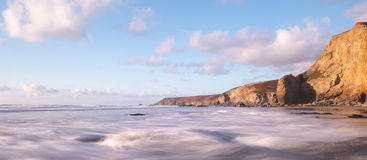 Praia de Porthtowan em Cornualha Reino Unido Inglaterra foto de stock royalty free
