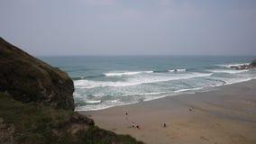 Praia de Porthtowan perto de St Agnes North Cornwall England filme