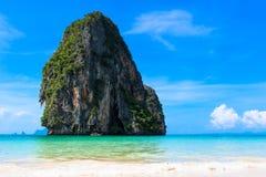 Praia de Pranang, Krabi, Tailândia. imagens de stock royalty free