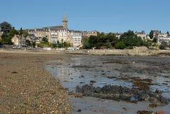 Praia de Prieuré em Dinard, Brittany imagem de stock