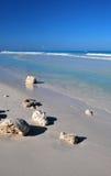Praia de relaxamento foto de stock
