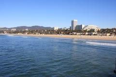 Praia de Santa Monica e o Oceano Pacífico Fotografia de Stock