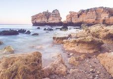 Praia de Sao Rafael Sao Rafael strand i den Algarve regionen, Portug Arkivbilder