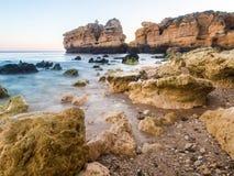 Praia de Sao Rafael Sao Rafael strand i den Algarve regionen, Portug Arkivfoton