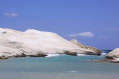 Praia de Sarakiniko na ilha 03 dos Milos Foto de Stock Royalty Free