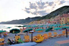 Praia de Varigotti, Liguria, Itália fotografia de stock