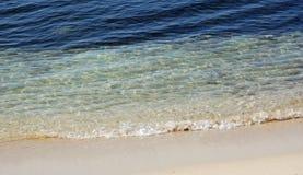 Praia desobstruída Imagens de Stock Royalty Free