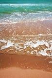 Praia desobstruída da água Imagem de Stock