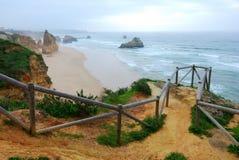 Praia a Dinamarca Rocha, o Algarve Imagens de Stock Royalty Free