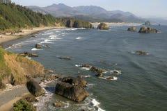 Praia do canhão, costa norte de Oregon Foto de Stock