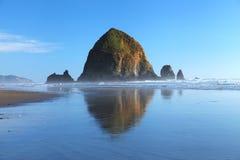 Praia do canhão em Oregon Fotografia de Stock