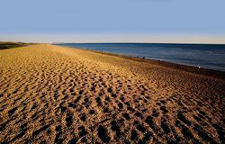 Praia do chesil da costa de Inglaterra Dorset foto de stock
