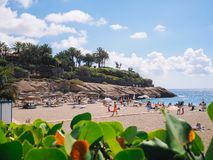 Praia do EL Duque em Costa Adeje Tenerife, Ilhas Canárias, Spain imagem de stock