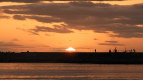A praia do EL Jadida na noite, por do sol fotografia de stock