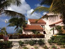 Praia do hotel de Anguila fotografia de stock royalty free