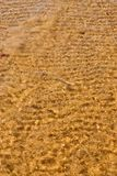 Praia do mar da onda na vista superior foto de stock royalty free