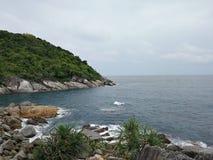 Praia do mar em Phuket Imagem de Stock