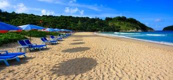 Praia do Nai Harn, Phuket, Tailândia Foto de Stock Royalty Free