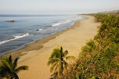 Praia do Oceano Pacífico em Michoacan México Fotos de Stock Royalty Free