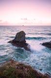Praia do porth de Trevellas em Cornualha Reino Unido Inglaterra foto de stock royalty free